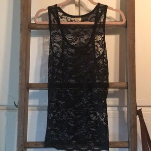 Black lace tank top large